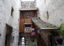 Aufgang zum Restaurant in der Burg